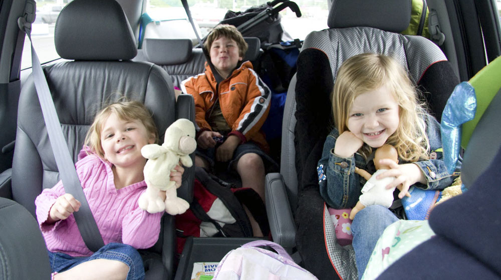 lái xe hơi đi du lịch an toàn